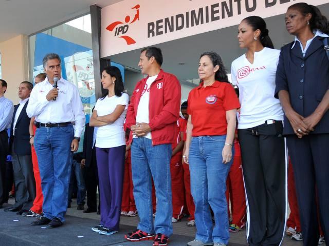 La pareja presidencial dio por inaugurada el CRA. (Foto: web presidencia de la república).