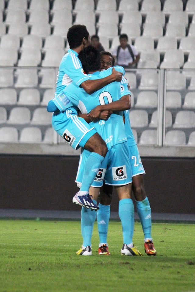 El cuadro celeste celebrando uno de sus tres goles (Aficionline.com / Geraldine Martínez).