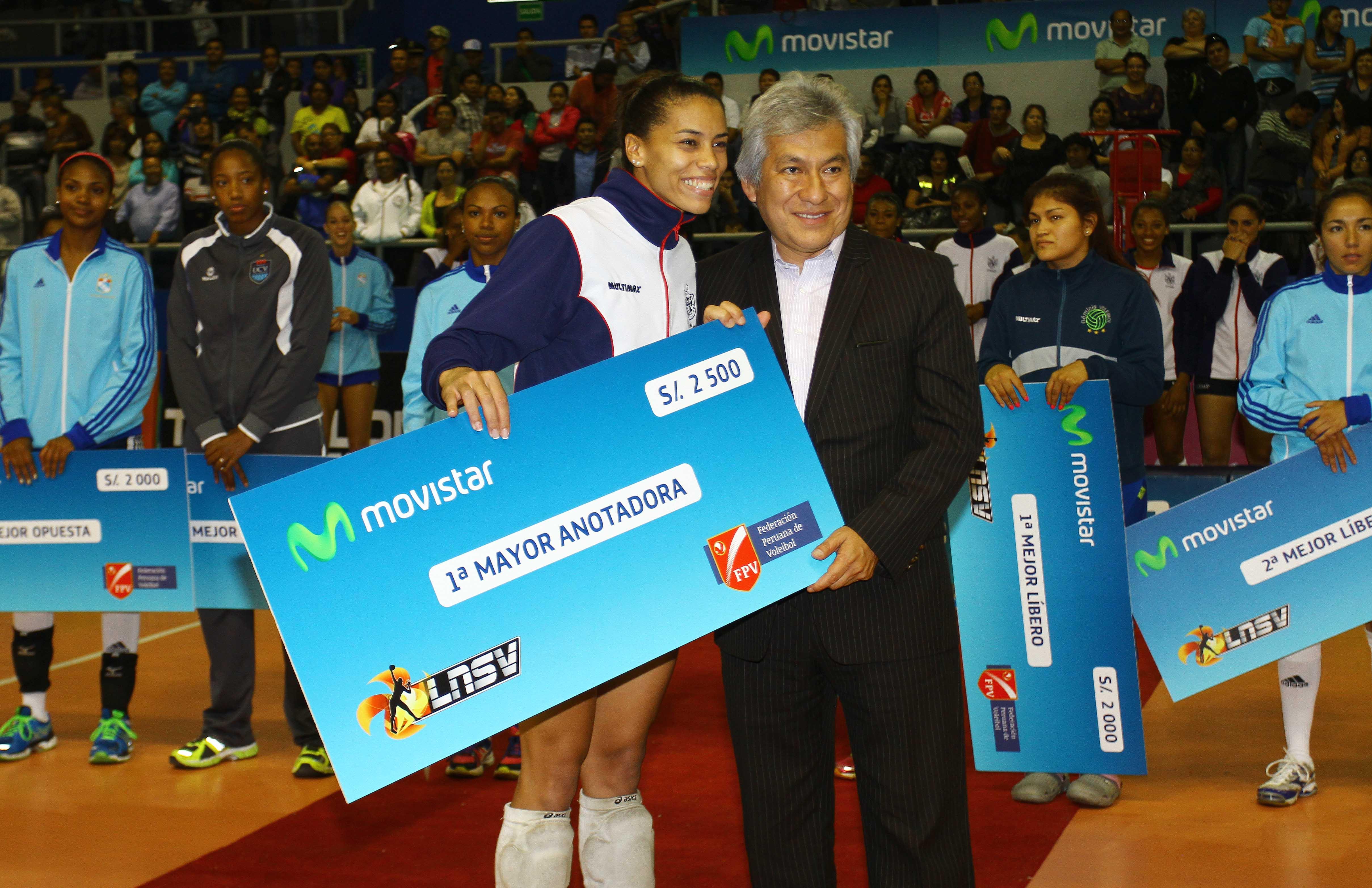 La atacante brasilera Da Silva fue la mejor anotadora del campeonato.