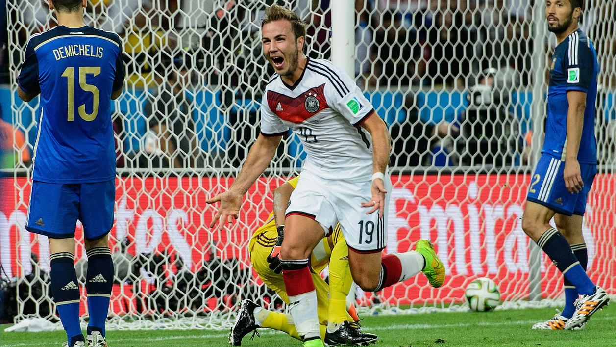 En el minuto 113 Gotze, con un remate al segundo palo, venció a Romero (Foto: FIFA.com / Getty Images)