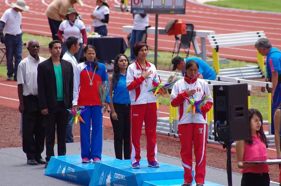 El podio fue liderado por nuestras compatriotas Zulema Arenas y Cinthya Páucar (Foto:  Facebook Zulema Arenas).