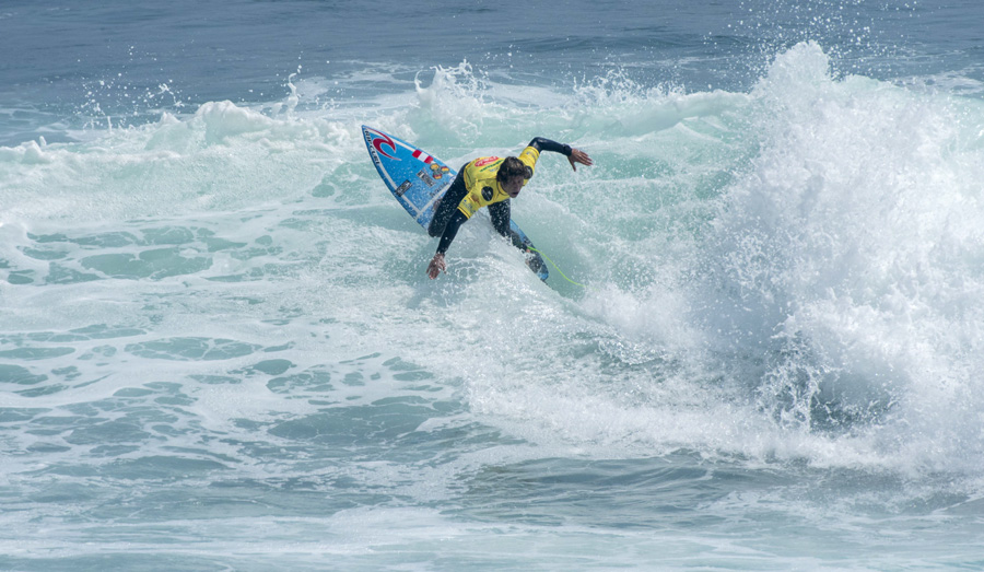 Sebastián Alarcón supero cómodamente su serie en el segundo día de competencia (Foto: isawsg.com).