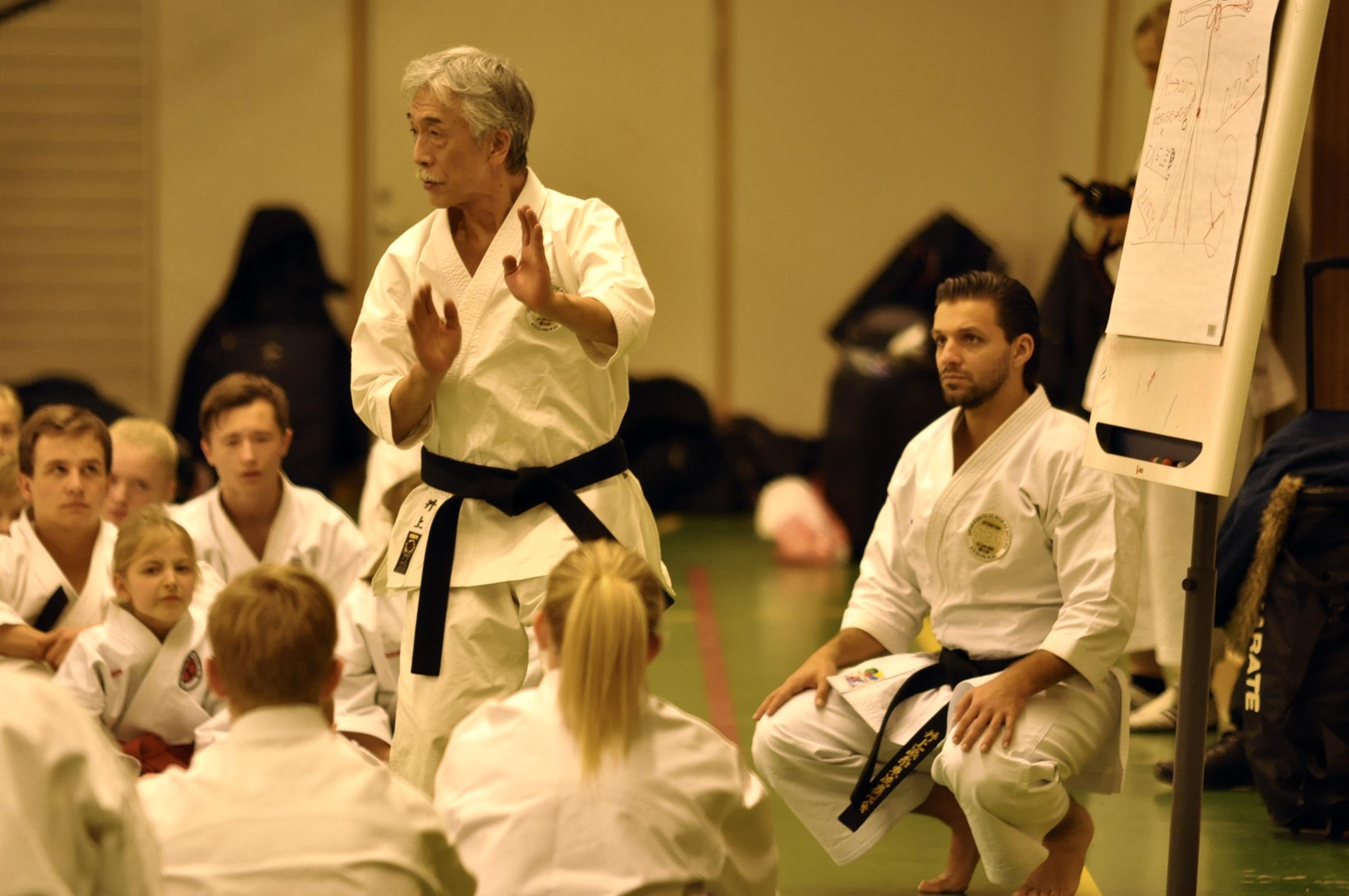 Inoue ha entrenado a 15 campeones mundiales en varios estilos de karate (Foto: Solstadenskarate.se).