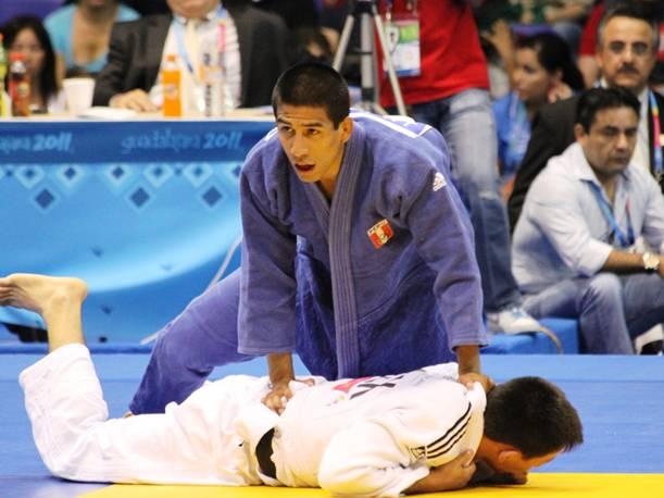 Juan Postigos es el peruano número 19 en clasificar a Río 16.